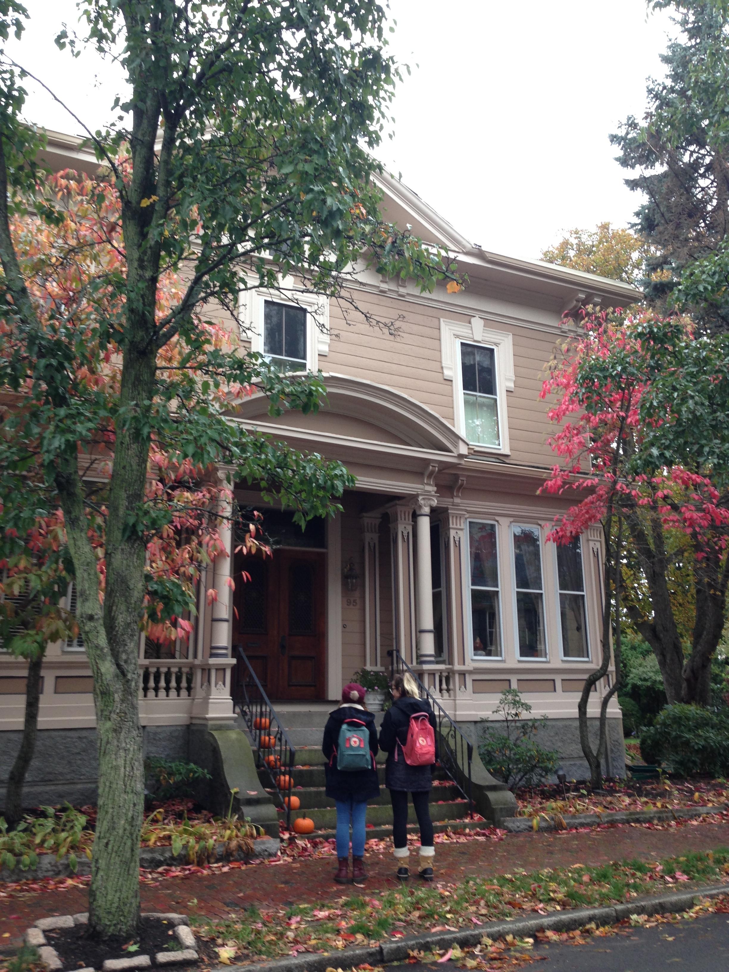 Hocus pocus and halloween in salem ma lostness for Salem house